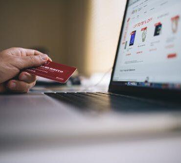 Näin teet ostokset kätevästi verkossa